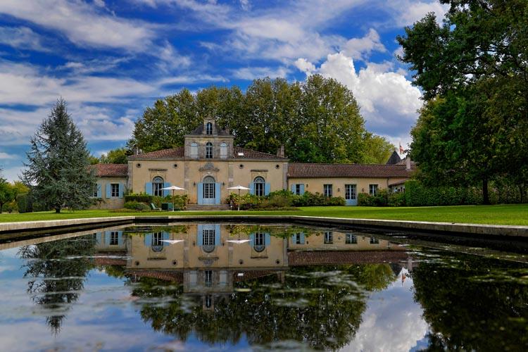 chateau-siran-krLHMqpswX3T5K