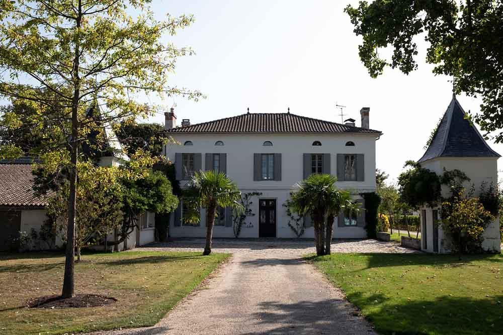 chateau-quinault-lenclos-copyright-gerard-uferas