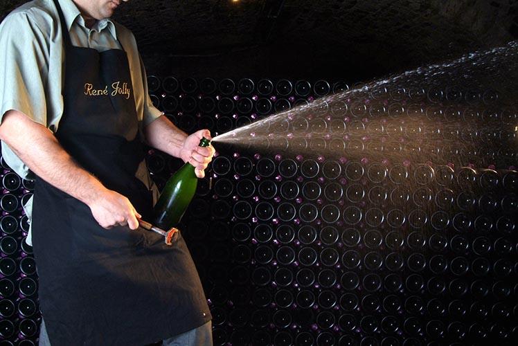 champagne-rene-jolly-degorgieren
